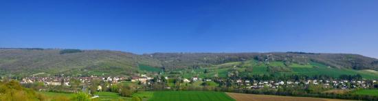 Vue Panoramique du Village de VILLEVALLIER